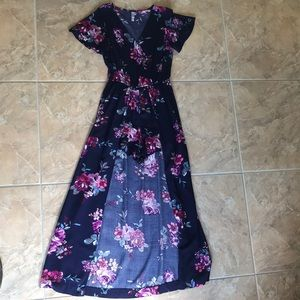Dresses & Skirts - Beautiful Full Length Floral Romper/Dress